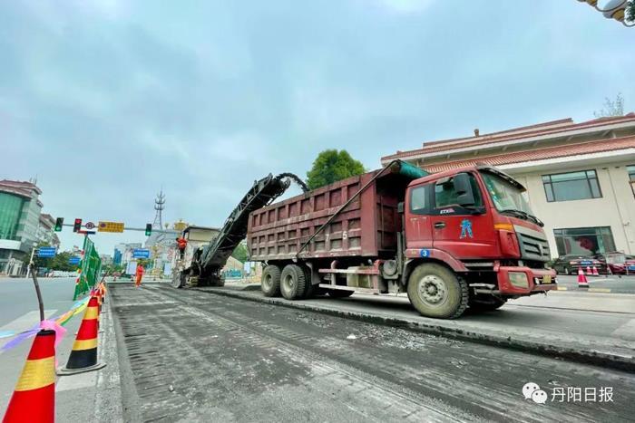 东方红桥最快8月底通车!另附尹公桥及丹凤朝阳广场效果图!